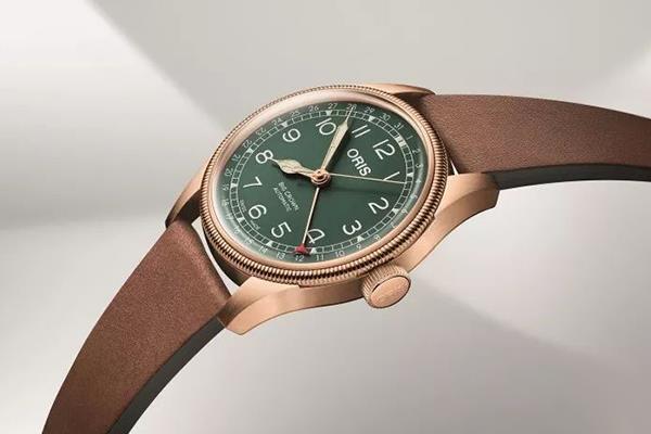 手表推荐:春意盎然,豪利时手表伴你左右
