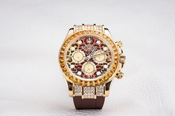 劳力士迪通拿系列豹纹款腕表