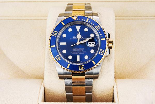 手表鉴赏:劳力士潜航者型系列蓝盘手表116613LB97203