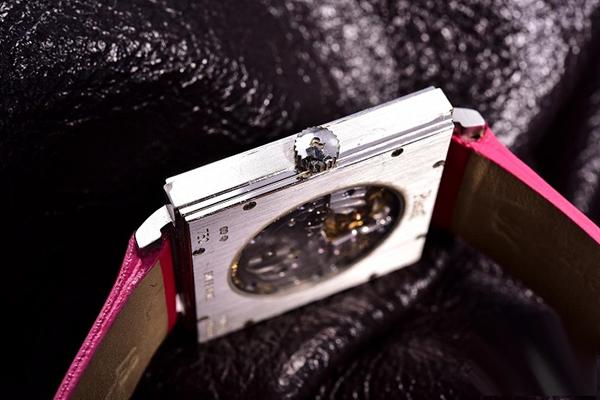 伯爵手表如何看细节鉴定真假