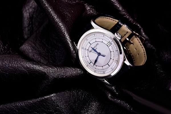 百达翡丽古典白金系列5296G001手表的回收价格多少钱?