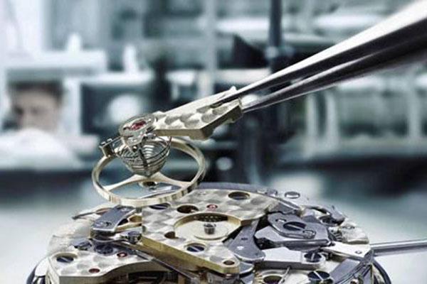 万国手表常见的手表游丝问题解决办法