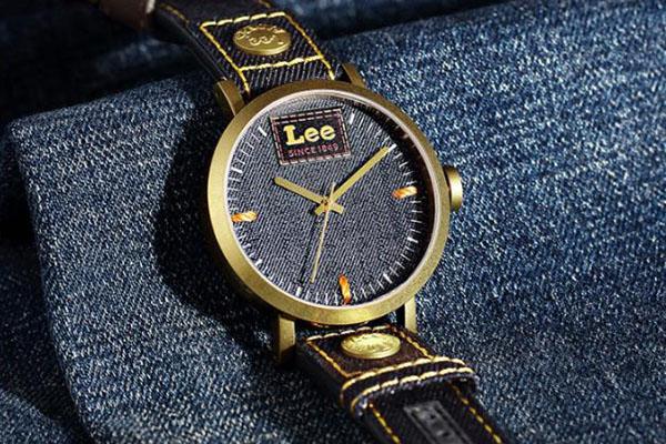 不止做牛仔裤也做手表 潮牌Lee130周年纪念款手表