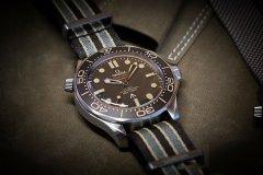 欧米茄推出全新海马系列007特别版腕表