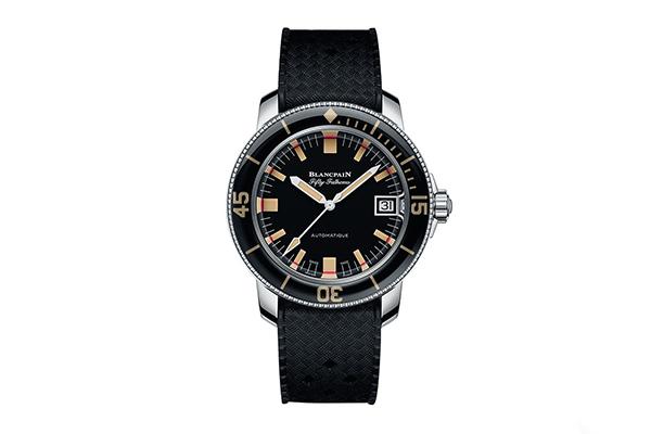 挑選一塊什么手表作為自己的年終大禮最好