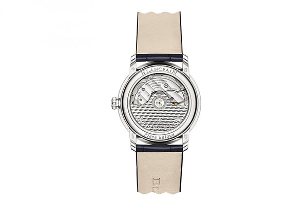 宝珀全新推出首款古瓷工艺2020年新春特别版腕表