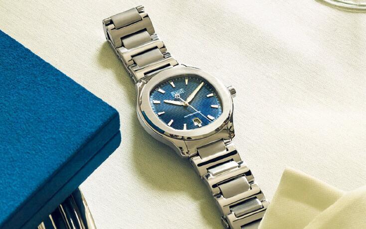 <b>深圳市哪里有高价回收PIAGET伯爵手表?回收价是多</b>